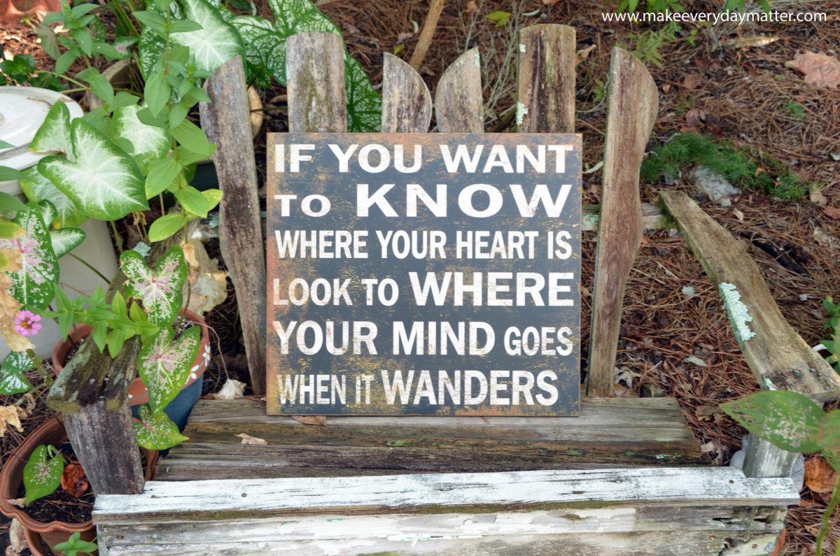 word-heart-wanders-wm