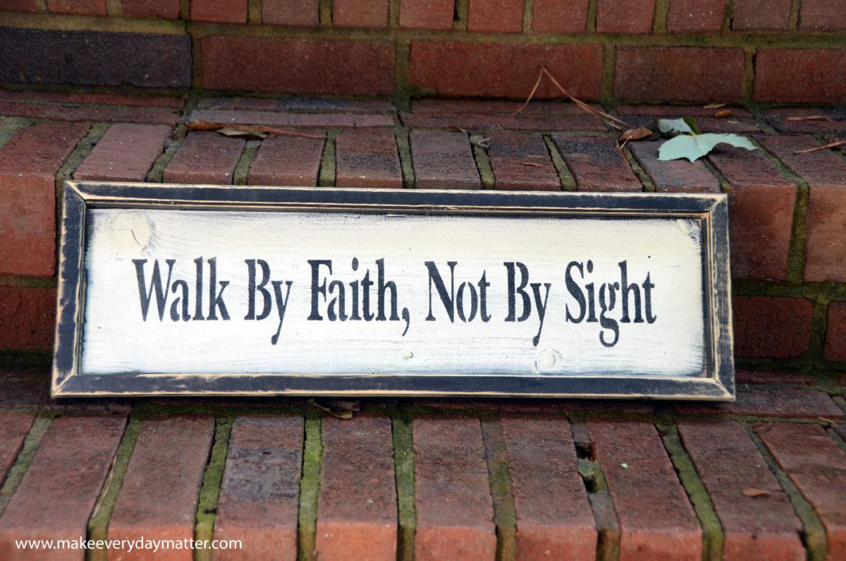 words-walk-by-faith-wm