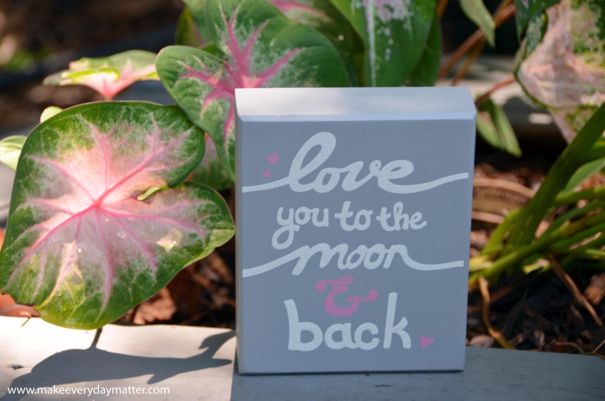 words-love-sign-wm