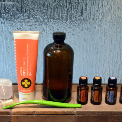 Oral Health with Essential Oils: Easy DIY